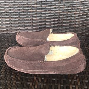 Authentic UGG men's brown suede slippers sz 10